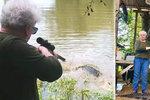Babča (73) zabila aligátora, který jí sežral poníka. Z kůže chce boty