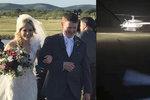 Slavili svatbu, teď chystají pohřeb: S novomanželi se po obřadu zřítil vrtulník