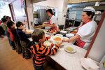 Obědy zdarma pro 170 tisíc dětí. Návrh ministra Plagy většinu rodin nepotěší