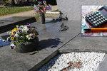 Oprava hrobu vás vyjde i na 100 tisíc korun. Kameníci popsali, proč je to tak drahé