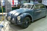Legendární Tatra T77 neměla zadní světla: Nikdo ji nedohoní, říkali v automobilce