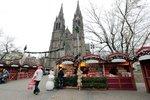 První vánoční trhy v Praze začaly: Dobrá zpráva! Na náměstí Míru nezdražili