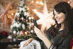 Klasické vánoční pohlednice jsou pro vás už out a raději přátelům a blízkým pošlete vtipnou a veselou SMSku? Našli jsme pro vás ty nejlepší, které vás rozhodně pobaví! Inspirujte se!