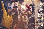 Bez nazdobeného stromečku, kapra se salátem a kupy dárků si svátky snad ani nedokážeme představit. K českým Vánocům toho ale přitom patří mnohem víc. Podívejte se, co všechno se snimi pojí, a zjistíte, že způsobů, jak si vánoční svátky díky tradicím zpestřit, je opravdu mnoho!