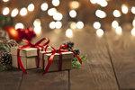 Kdo nosí dárky v Německu, Anglii a dalších zemích? A víte, kde naděluje žena?