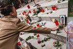 Minutu ticha drželi i za Češku Naďu. Němci uctili oběti masakru na vánočních trzích
