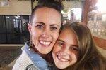 Matka dala dceru hned po narození k adopci. Po 17 letech ji poznala v supermarketu!
