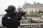 Chystali velký atentát. Čtyři podezřelé včetně nezletilého delikventa zatkli ve Francii