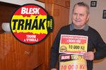 Václav Kolář (74) z Opavy vybíhá z bytu každé ráno do trafiky pro Blesk: Rozhodčí si »písknul« třetí desítku v Trháku