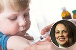 Zachraňovat děti, které stejně zemřou? Advokátka šokovala názorem na očkování