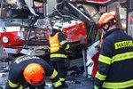 Srážka trolejbusu a tramvaje: Zraněných je 45! Přihlásili se cestující, které neodvážela sanitka