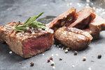 Jak správně připravit steak? Rozhoduje výběr masa i doba grilování
