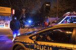 Muž skočil z 18. patra a dopadl na mladíka na lavičce: Zabil sebe i jeho!