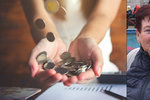 Seniorka Marie (70) radí, jak ušetřit: Důchodci, nedávejte peníze dětem!  Jaké jsou další spořící tipy?