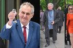 Zeman na ruské ambasádě: Na oslavu přišli i Nečasovi, Harapes či Grebeníček