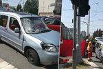 Řidič v Hradci srazil chodkyni (†66) na přechodu, na místě zemřela