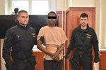 Dívka (16) popsala hrůzné znásilnění u Terezína: Bála jsem se, že mě zabije!