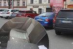 Zloděj ukradl 5 milionů ze zaparkovaného auta: Trvalo mu to 5 minut!