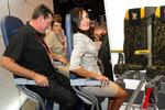 """""""Na stojáka"""" v letadle? Nejsou to sedačky, ale """"mučící zařízení"""", shodují se experti"""