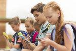 Sociální sítě ovlivňují život puberťáků jen málo, tvrdí nová studie!