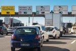 Víkendové peklo na italských dálnicích. Na řidiče čekají stávky, kolony a vedro