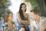 Každá z nás občas žije v určitých obavách, aby se nám muž nezahleděl do jiné. Ohrožení však nemusí číhat jen v ženách, které se kolem něj momentálně točí. Ale i v těch minulých, se kterými třeba pár let prožil. Pustil tedy už svou bývalku opravdu z hlavy, nebo byste se měla začít obávat o váš vztah?