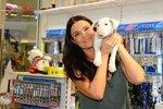 Mahuleně Bočanové pes sežral 20 tisíc! Chtěla je z něj dostat u veterináře