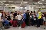 Čechům hrozí rušení zájezdů kvůli krachu obří cestovky Thomas Cook. Turisté hlásí potíže