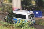 Vražda na Krejcárku! Pod mostem ležela polonahá mrtvá žena, mordparta na místě