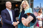 Elegantní Babišová v USA: Vyniklo i její tetování. S manželem uctí oběti 11. září