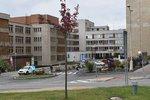 Zuřivec vyhrožoval ženě smrtí: Šel za ní do nemocnice vybaven šesti noži