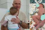 Dítě se narodilo s třema nohama, dvěma penisy a bez konečníku: Lékařům se povedl zázrak!