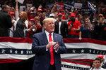 Úřady musí prozradit detaily o vlivu Rusů na zvolení Trumpa. Dosud je tajily