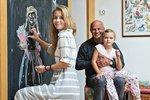 Michal Horáček si občasného klidu užívá na chalupě v jižních Čechách, kterou zrekonstruoval s pomocí své ženy Michaely.
