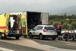 """""""Bylo tam nedýchatelno."""" V kamionu se tísnilo 41 migrantů, smrti v Řecku unikli"""