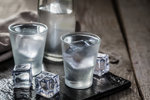 Proč je dobré mít doma lahev vodky, i když alkohol nepijete? To vás překvapí