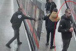 Vzteky rozbil dveře od metra. Gauner si v Hájích přivodil zranění i pořádný průšvih