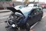 Opilec srazil autem ženu a dvě děti! Vážně zraněné nepomohl a chtěl utéct