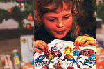 Retro fotka holčičky s čokoládovou kolekcí dojala Čechy! Poznáte kvalitu i dnes?