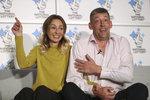 Lenka vyhrála v loterii 3,1 miliardy: Manžel šokoval prvním nákupem!