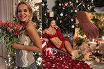 Hvězdná příprava na svátky: Sexy Švantnerová pózuje před vánočním stromkem!
