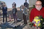 Arnošt Goldflam v Případu mrtvého nebožtíka: Na mrtvolu mu najali dubléra!