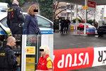 Přepadení benzínky na Žižkově: Ozbrojení gauneři ukradli peníze a auto, jsou na útěku