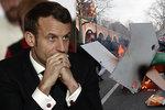 Francouzi odmítli jít do důchodu v 64 letech, vláda couvla. Češi jdou do penze později