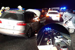 Hromadná nehoda na D10: Havarovalo 15 aut! Řidiči se ztratili v hustém kouři?