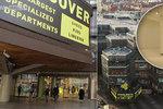 VIDEO: Obchodní dům Kotva slaví 45 let. Architekt Gebrian uvnitř natočil běžně nepřístupná místa