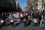 Protest proti reformě penzí ochromil vlaky i metro. Řekům vadí plánované škrty