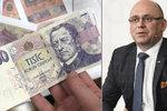 """Padělání v Česku stále """"jede"""". Na tohle si u bankovek dejte pozor, poradil bankéř"""