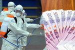 Koronavirus je ranou pro cestovky. V Evropě tratí 25 miliard měsíčně, tvrdí eurokomisař