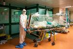 Ženatý muž letěl s milenkou do Itálie: Domů se vrátil nakažený koronavirem!